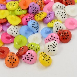 10 boutons forme coccinelle couleurs assorties