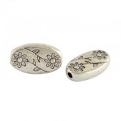 Perle métal ovale et plate à décor de fleurs délicates couleur argent antique