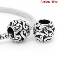 Perle ronde sculptée de type Pandora volutes et fleurs couleur argent antique
