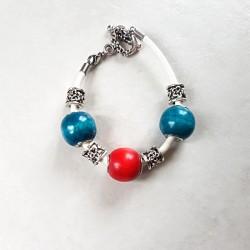 Bracelet style Pandora perles bois turquoise fushia et cordon cuir