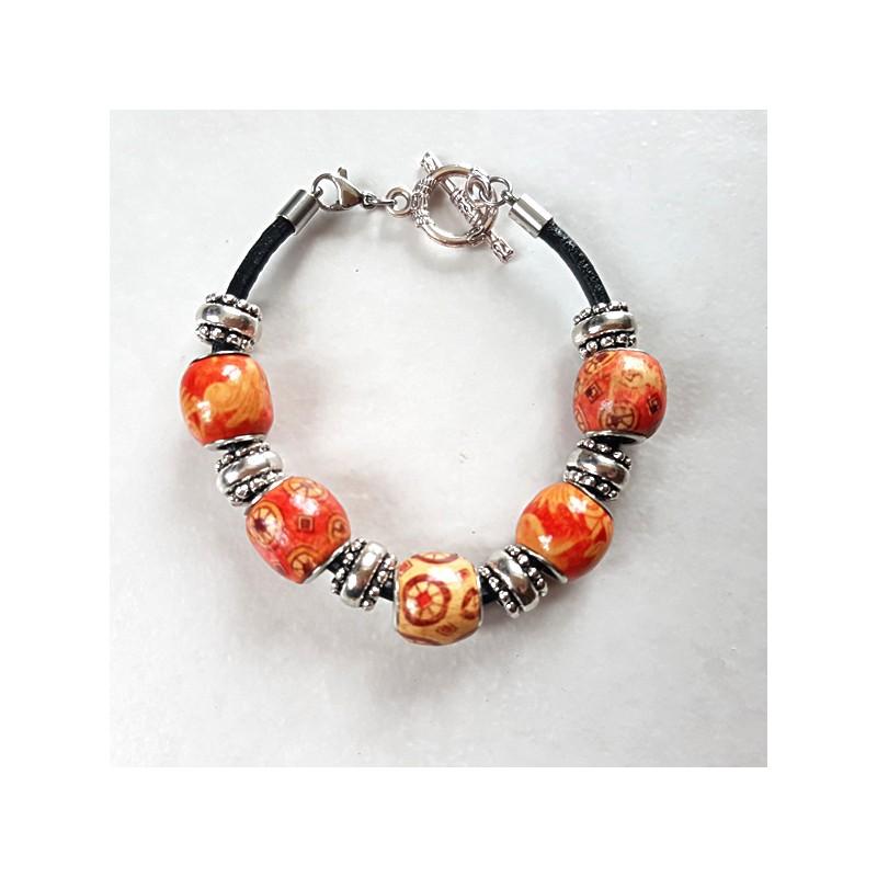 Bracelet style Pandora perles ethniques orangé cordon cuir sur mesure