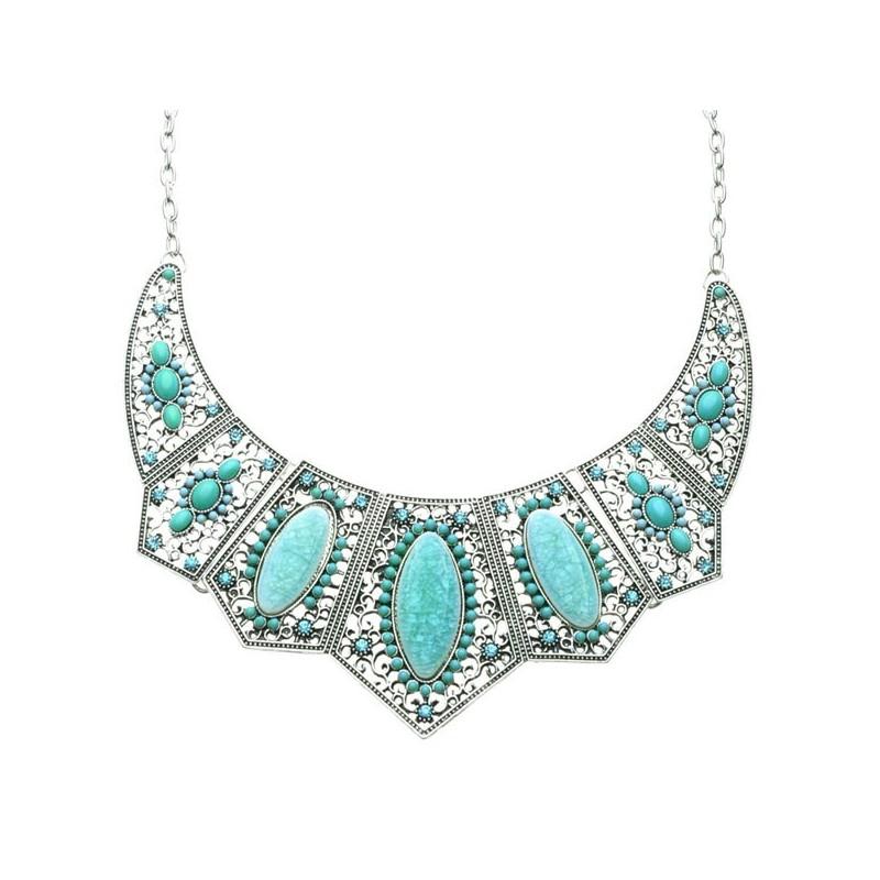 Collier pierres bleu clair à turquoise