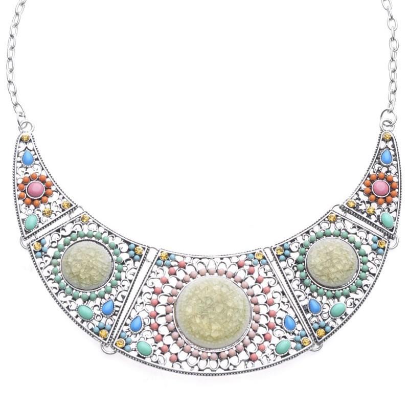 Collier pierres et perles tons roses