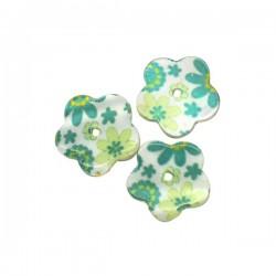 Perle fleur en nacre tons verts et blanc