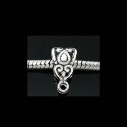 Bélière de charme décor triangle  pour bijou européen couleur argent vieilli