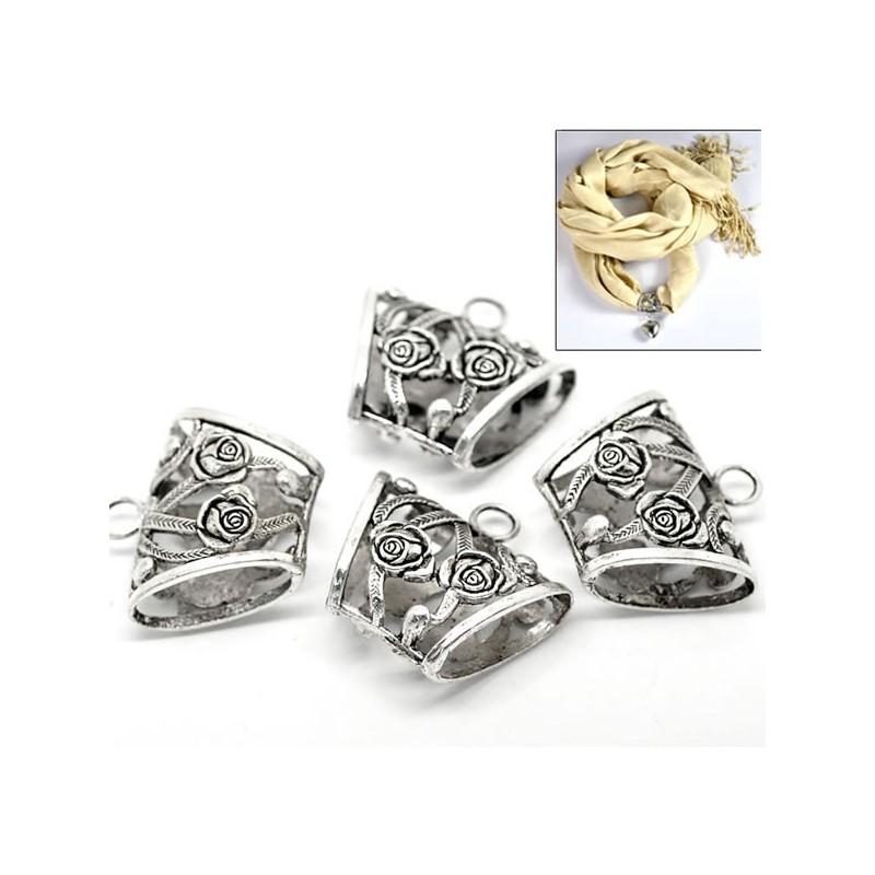 Belière décor de rose en argent ciselé
