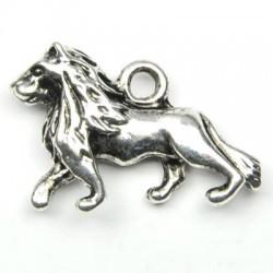 Lion (roi) en breloque argent veilli
