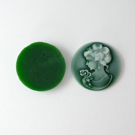 Grand camée visage femme vert